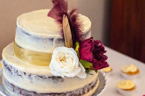 Noordhoek Cafe & Deli - Flowers on cake